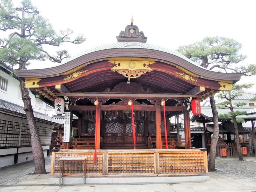京都ゑびす神社の本殿