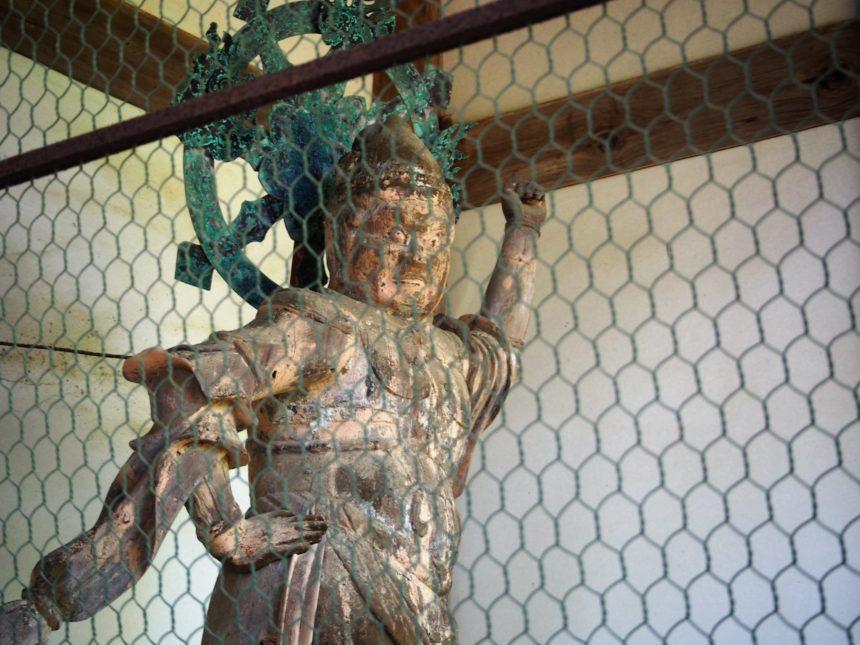 神護寺楼門の二体の天仏像