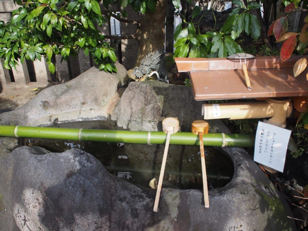 梛神社の手水舎