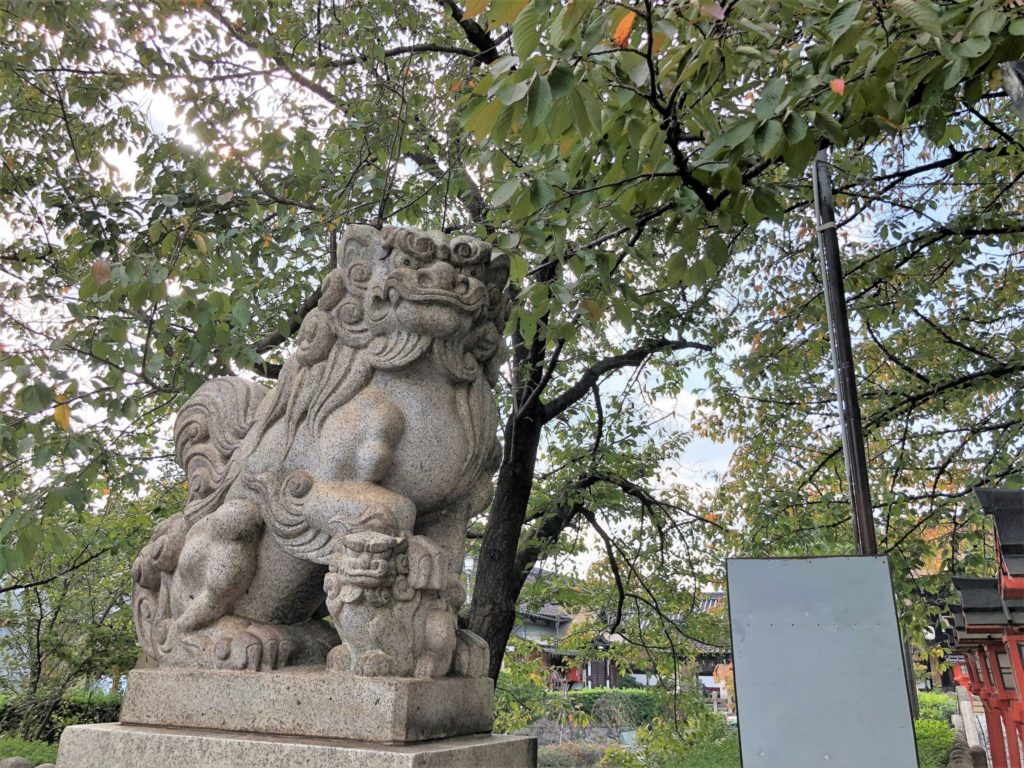 六孫王神社の狛犬