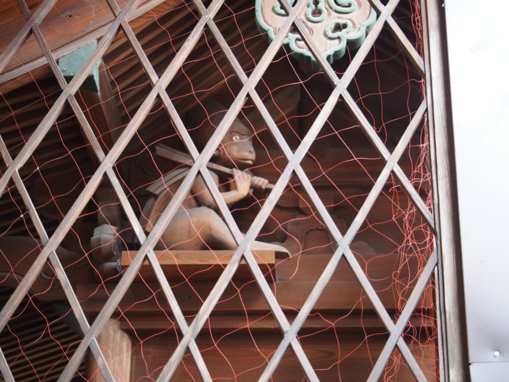 幸神社の神像