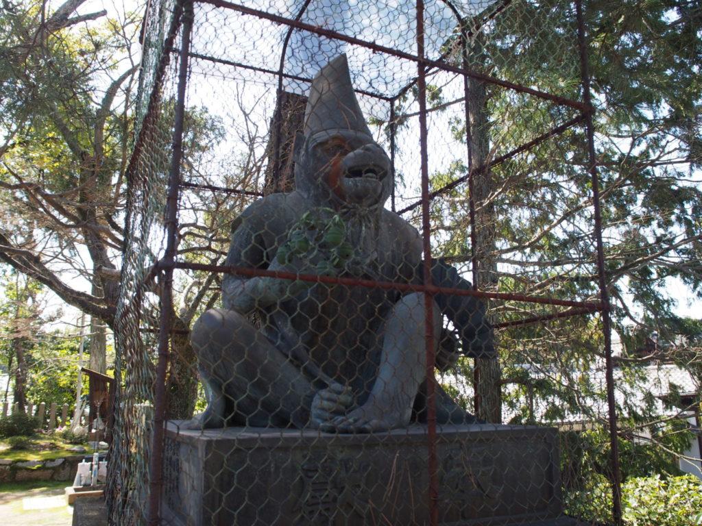 新日吉神宮の狛猿「阿」担当