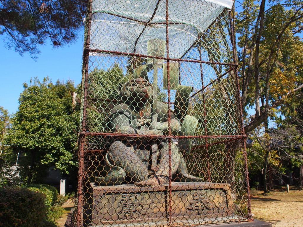 新日吉神宮の狛猿「吽」担当