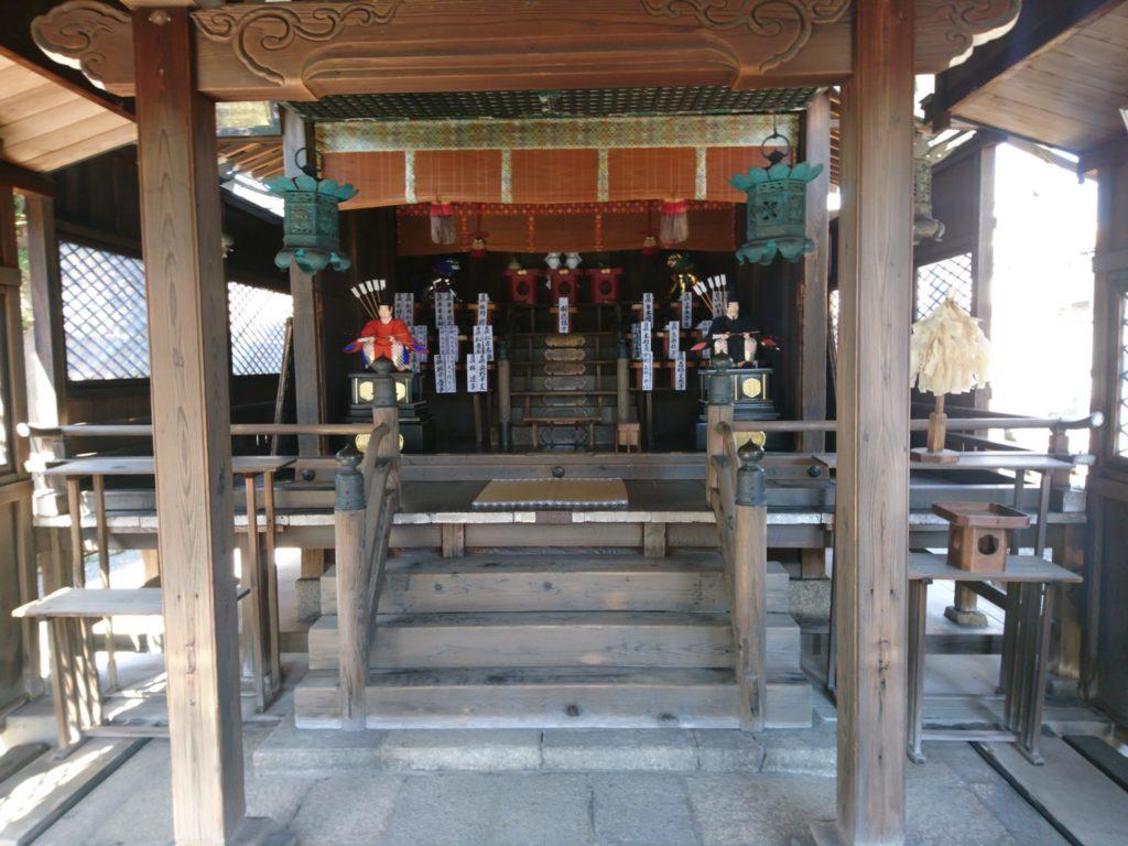 剣神社のご本殿