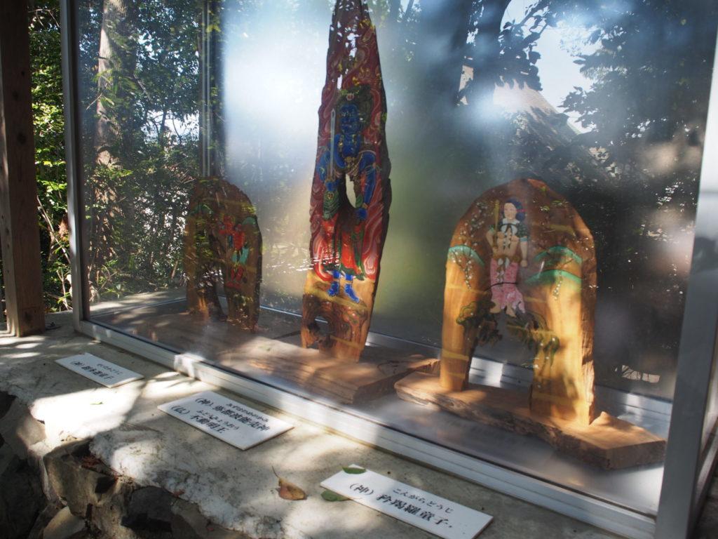 京の熊野古道、描かれあ神や仏