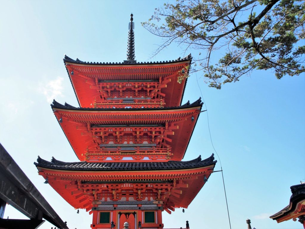 清水寺の三重塔