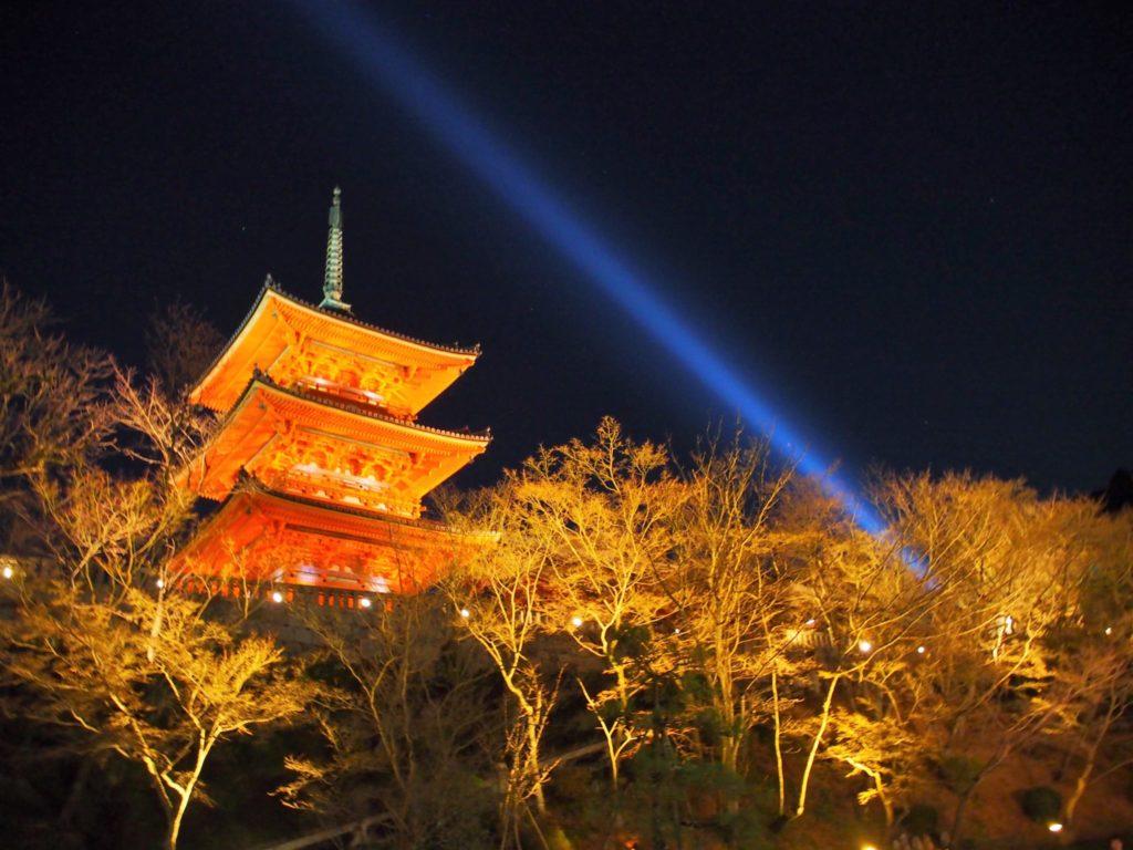 清水寺の夜間特別拝観