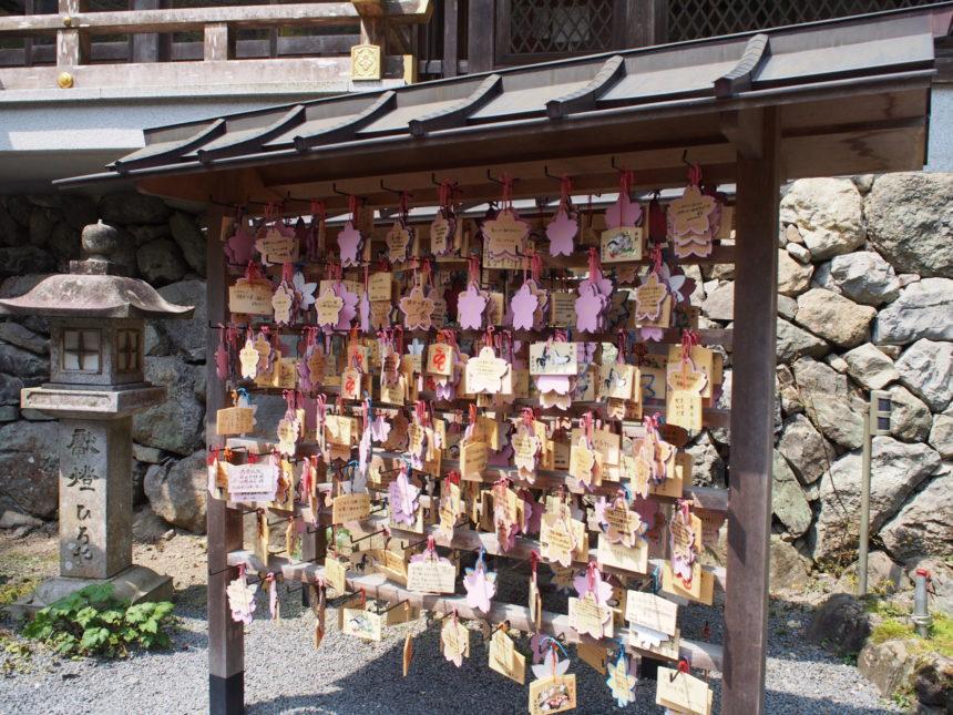 貴船神社本宮の絵馬掛け所