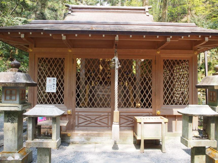 貴船神社の奥宮の本殿