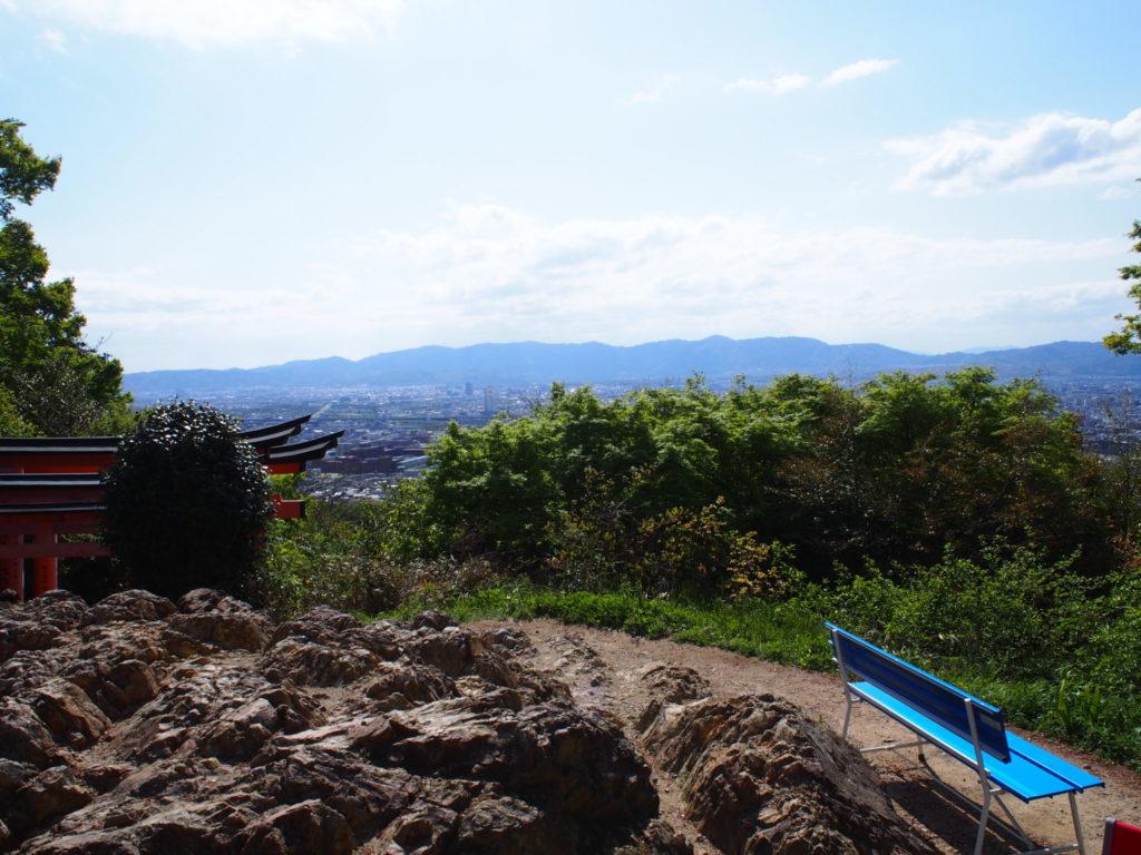 眺めのよい四つ辻からの景色