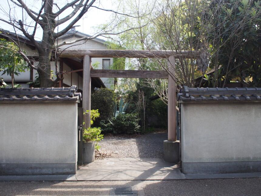京都屈指の縁切り神社「橋姫神社」