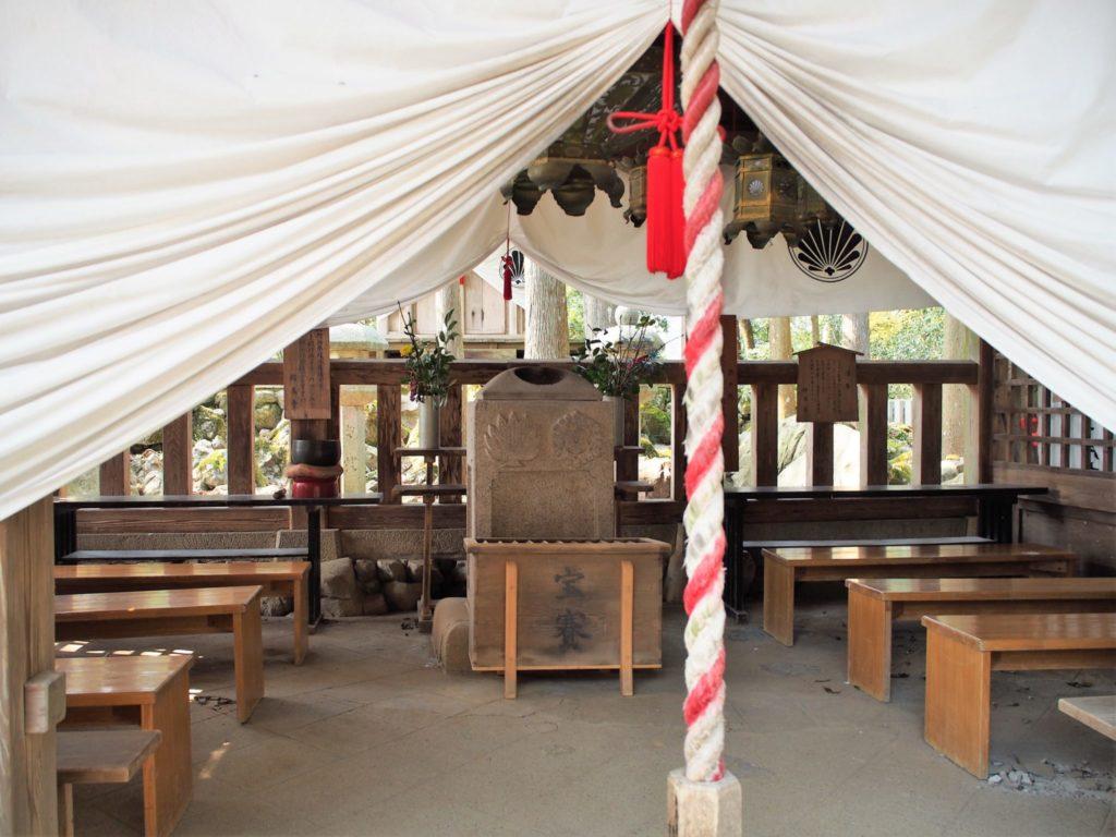 魔王殿の拝殿